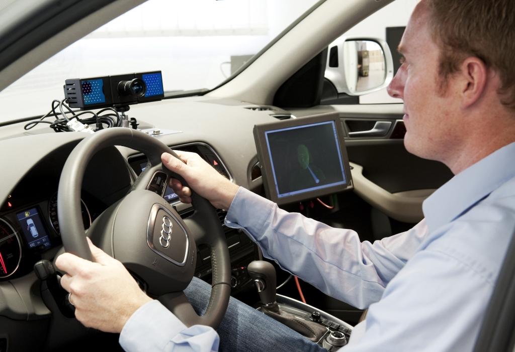 Autonomes Fahrzeug mit Sicherheitsfahrer